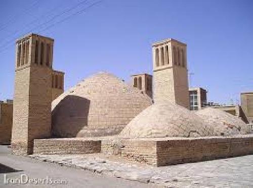1763518 - پاورپوینت نگرش تاریخی تکاملی در معماری